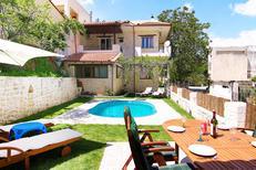 Ferienhaus 1488573 für 9 Erwachsene + 2 Kinder in Goulediana
