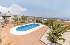 Ferienhaus 1489757 für 4 Personen in Algarrobo-Costa