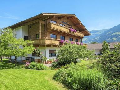 Gemütliches Ferienhaus : Region Tirol für 25 Personen