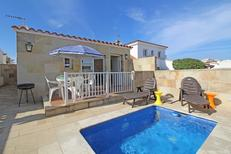 Holiday home 1490706 for 4 persons in Empuriabrava