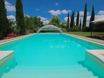 Vakantiehuis 1492022 voor 5 personen in San Venanzo