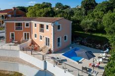 Vakantiehuis 1492025 voor 4 volwassenen + 2 kinderen in Kaštelir