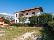 Ferienhaus 1492257 für 4 Personen in Novigrad