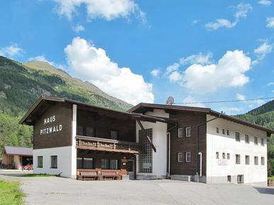 Gemütliches Ferienhaus : Region Sölden für 10 Personen