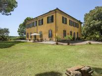 Casa de vacaciones 1493330 para 16 personas en Crespina