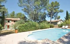 Ferienhaus 1493412 für 8 Personen in Nimes