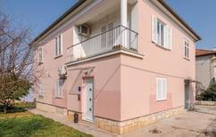 Appartement 1493648 voor 4 personen in Zadar