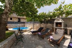 Vakantiehuis 1494035 voor 4 volwassenen + 1 kind in Pračana