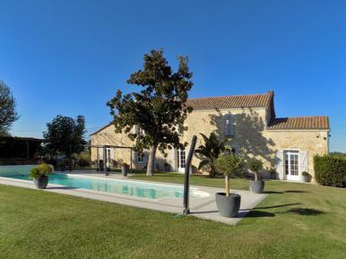 Gemütliches Ferienhaus : Region Aquitanien für 15 Personen