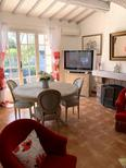 Holiday home 1495089 for 6 persons in Saint-Raphaël