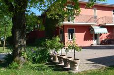 Appartement 1497710 voor 4 personen in Due Carrare