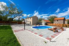 Holiday home 1498563 for 8 persons in Donje Rastane
