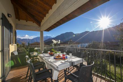 Gemütliches Ferienhaus : Region Oberitalienische Seen für 11 Personen