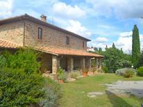 Ferienhaus 1499893 für 16 Personen in Montenero