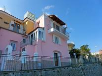 Ferienhaus 1499896 für 4 Personen in Ischia