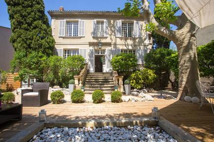 Gemütliches Ferienhaus : Region Avignon für 15 Personen