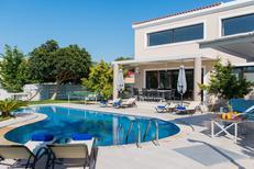 Vakantiehuis 1501118 voor 6 volwassenen + 2 kinderen in Rethymnon