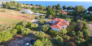 Vakantiehuis 1501124 voor 10 personen in Nikiti