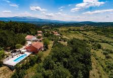 Vakantiehuis 1501705 voor 6 personen in Hrvace