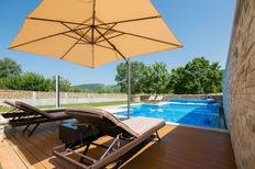 Holiday home 1501969 for 10 persons in Donji Proložac