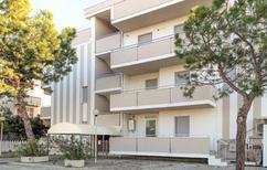 Ferienwohnung 1504106 für 6 Personen in Alba Adriatica