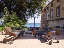 Ferienhaus 1506468 für 9 Personen in Formia