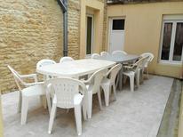 Ferienhaus 1509495 für 17 Personen in Grandcamp-Maisy