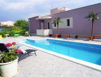 Ferienhaus 1510478 für 8 Personen in Solin