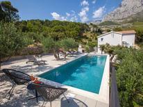 Ferienhaus 1513247 für 6 Personen in Krvavica