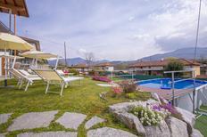 Vakantiehuis 1516483 voor 9 personen in Besozzo