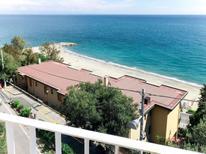 Ferienhaus 1516708 für 7 Personen in Bergeggi