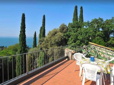 Gemütliches Ferienhaus : Region Gardasee für 13 Personen
