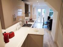 Holiday home 1517386 for 5 persons in Guildford