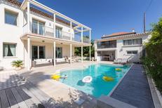 Villa 1519117 per 10 adulti + 2 bambini in Juan-les-Pins