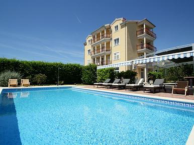 Für 3 Personen: Hübsches Apartment / Ferienwohnung in der Region Trogir