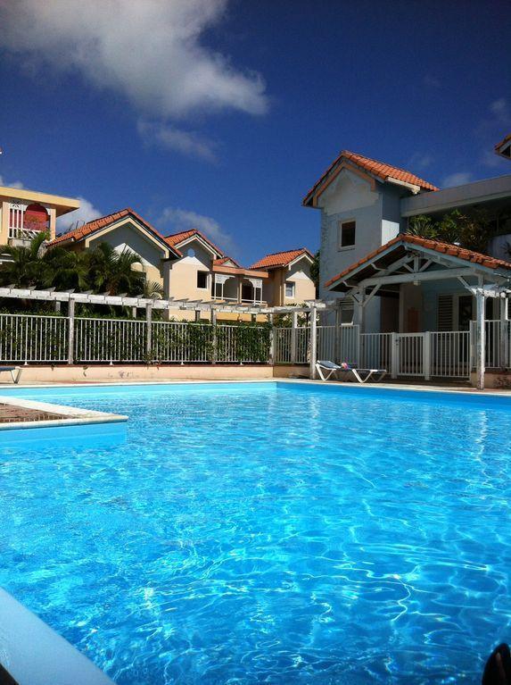 Apartamento de vacaciones para 3 personas  + 2 niños aprox. 40 m² en Sainte Anne, Le Marin