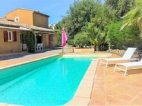 Holiday home 1520325 for 5 persons in La Croix-Valmer