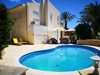 Holiday home 1525266 for 6 adults + 1 child in Coral Bay