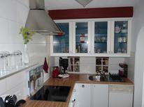 Vakantiehuis 1527950 voor 6 personen in Carolinensiel