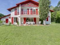 Ferienhaus 1529265 für 15 Personen in Saint-Jean-de-Luz