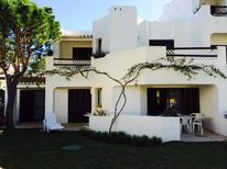 Appartement 1530304 voor 6 personen in Olhos de Água
