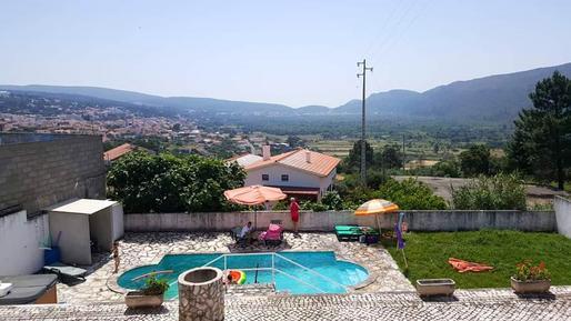 Gemütliches Ferienhaus : Region Costa de Prata für 15 Personen