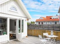 Holiday home 1530712 for 2 persons in Rönnäng
