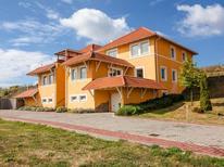 Appartement de vacances 1532733 pour 4 personnes , Dunaszentmiklós