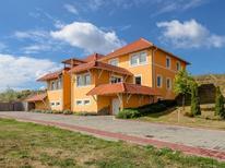 Appartement de vacances 1532735 pour 6 personnes , Dunaszentmiklós
