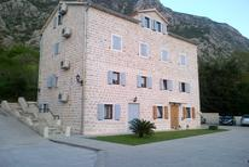 Ferienwohnung 1533380 für 6 Personen in Dobrota