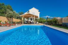 Casa de vacaciones 1533394 para 6 adultos + 1 niño en Debeljak