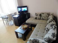 Appartement 1535133 voor 4 personen in Budva