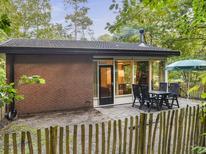 Ferienhaus 1536389 für 4 Personen in Hoenderloo