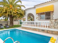 Holiday home 1536711 for 4 persons in Empuriabrava